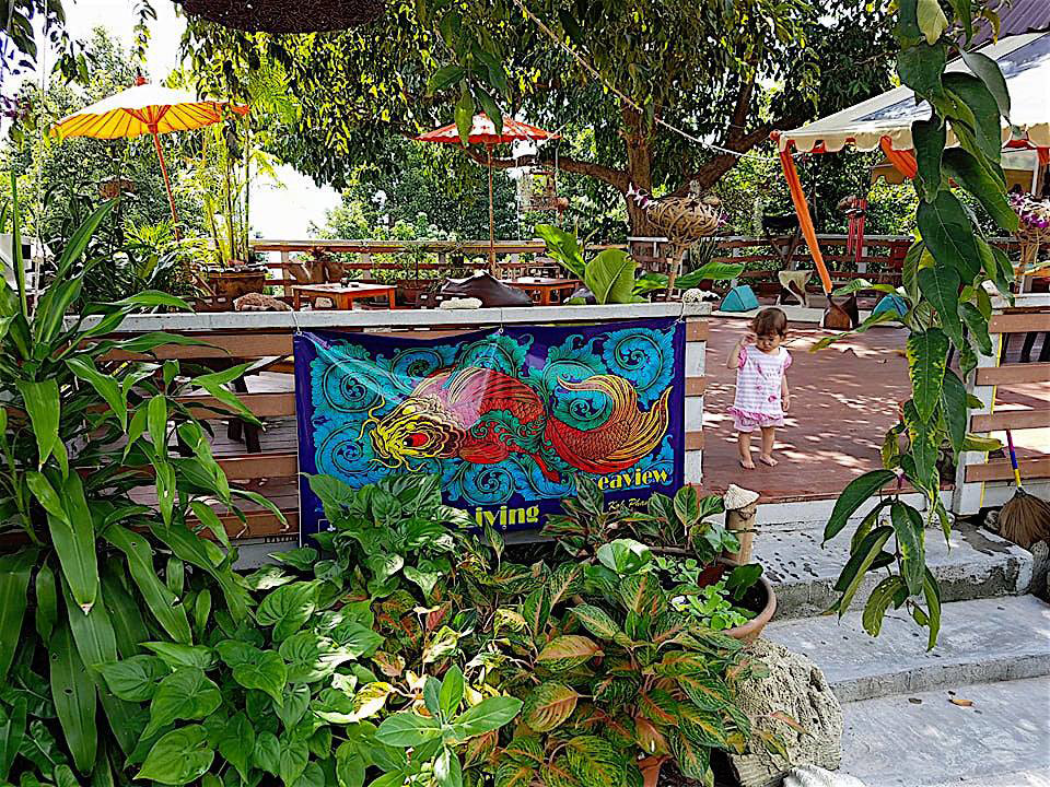 Koh-Phangan-Ban-Tai-Art-of-Living