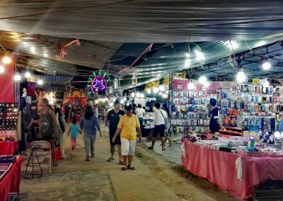 Red-Cross-Koh-Phangan-Markt-2