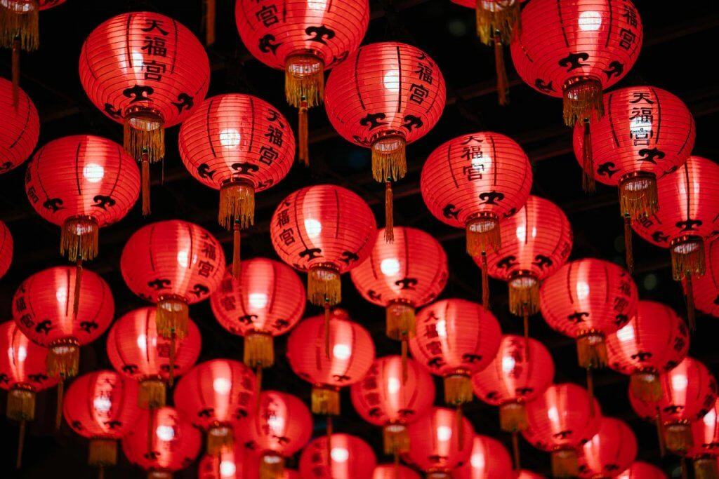 chinese-new-year-red-paper-lanterns